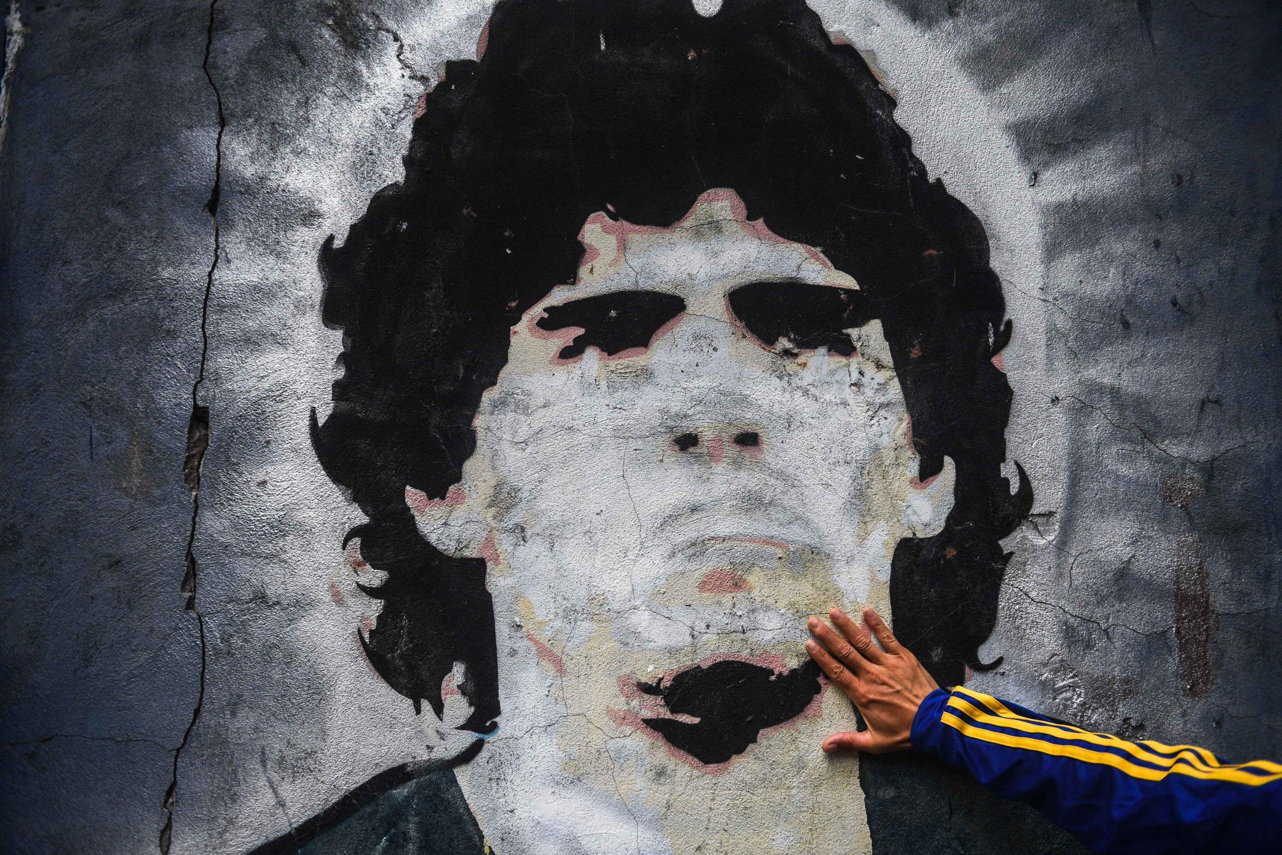 OM - SI près de Marseille, Bernard Tapie regrette de ne pas avoir signé Maradona