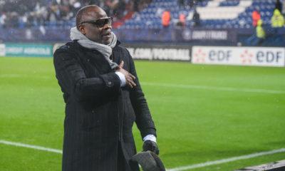 """OM - Basile Boli : """"On peut faire comme Lille la saison passée"""""""