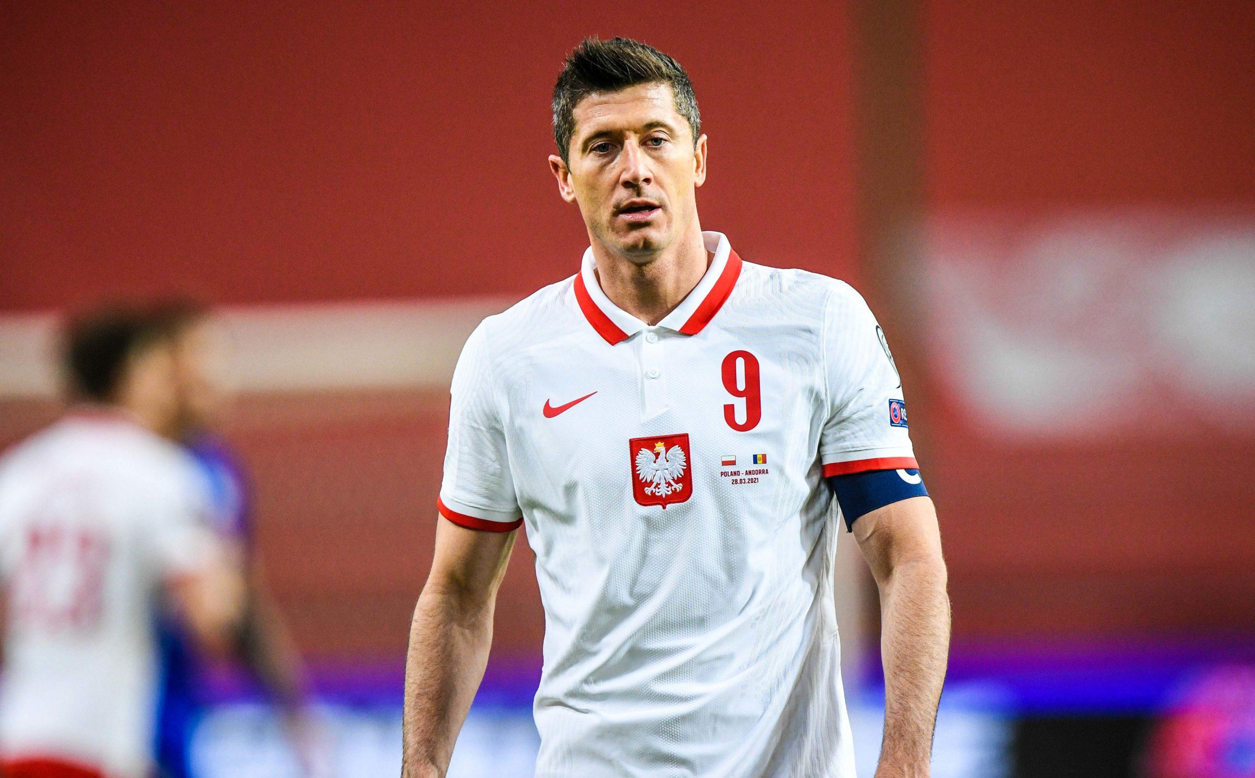 Ex-OM : Eric Di Meco plaisante sur l'absence de Lewandowski face au PSG