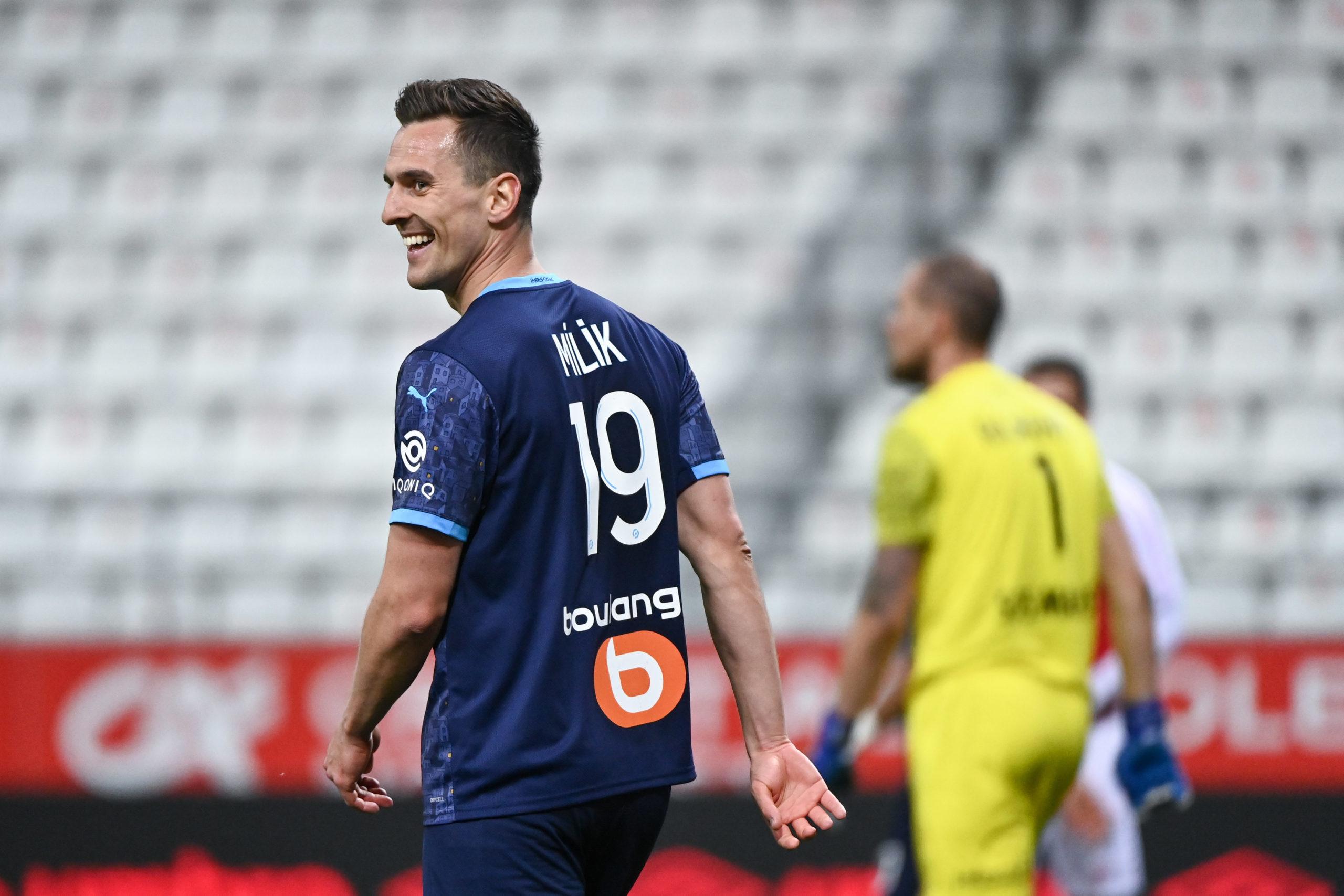 Mercato OM : Le PSG prêt à devancer Marseille pour Milik ?