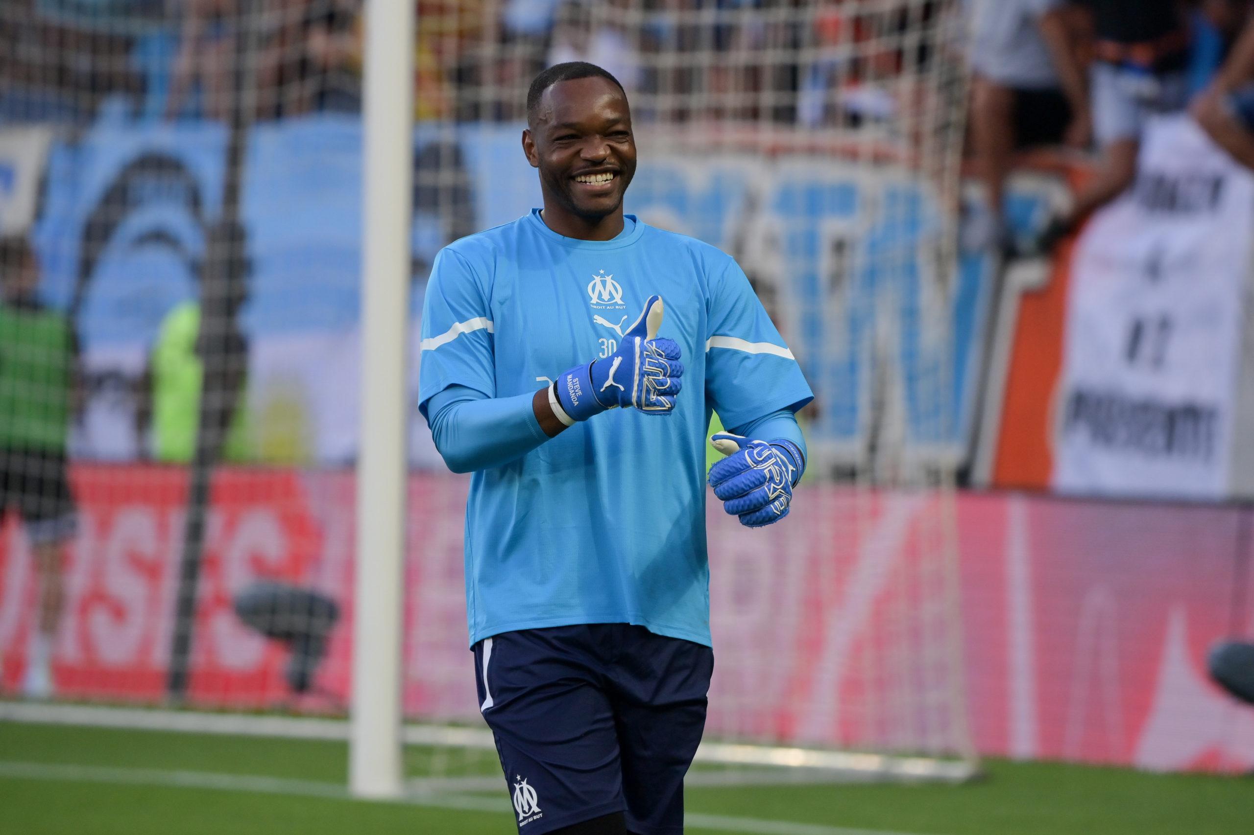 OM - Ce journaliste annonce Mandanda dans les buts face à Lorient
