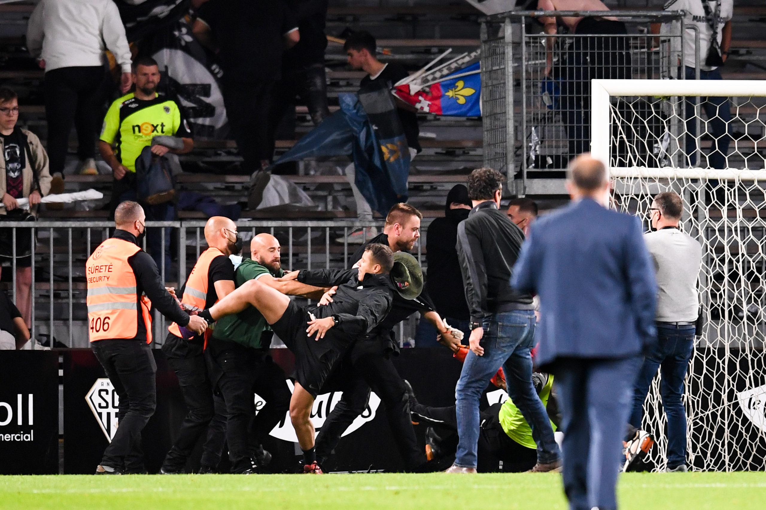 Angers/OM (0-0) - Cardoze réagit aux incidents en tribune